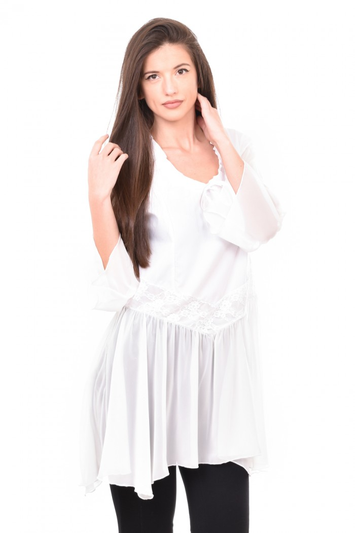 Asymmetric tunic with lace in white Moli