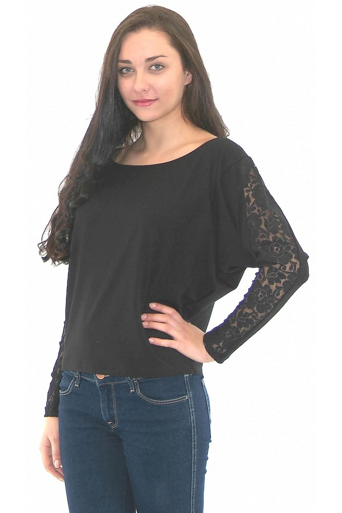 Radka Blouse with Lacing