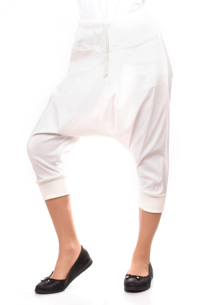 Short Drop Crotch Pants Radostalia