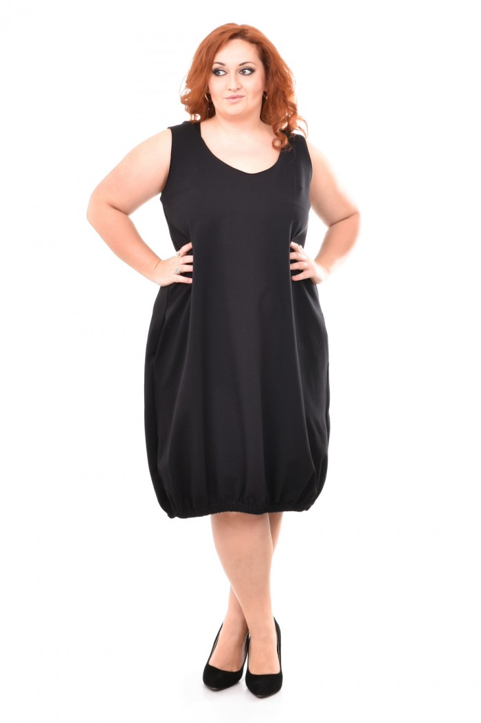 Bela Black Pinafore