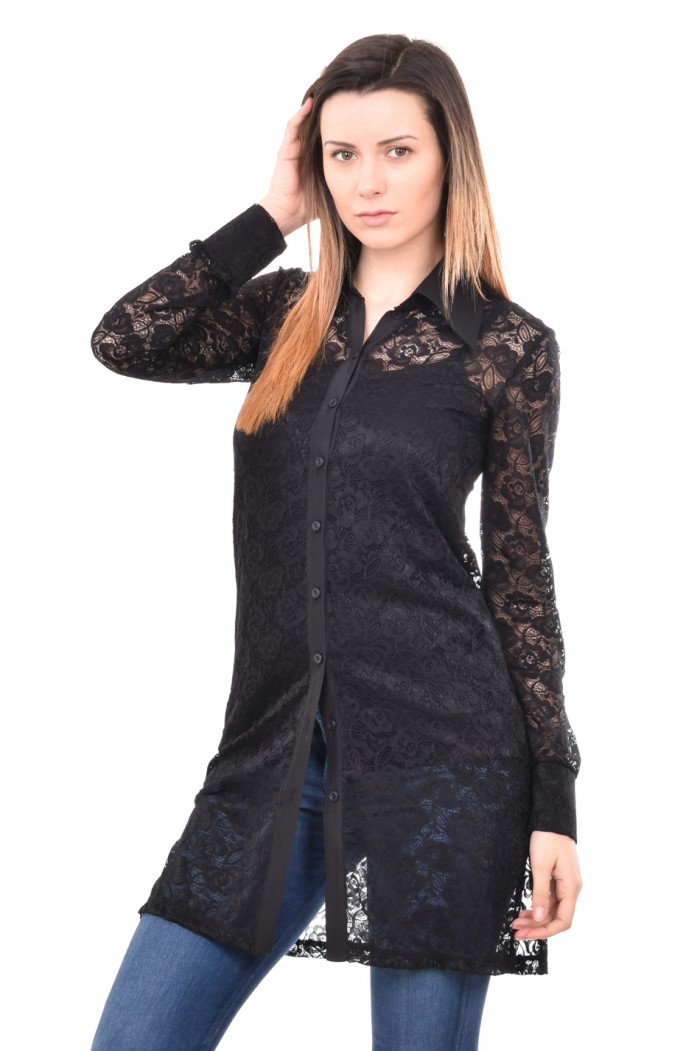 Black shirt with lace Milenita