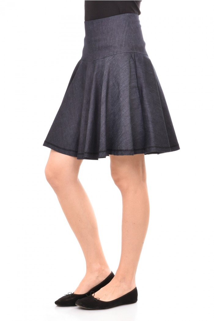 Denim skirt in blue Dafni