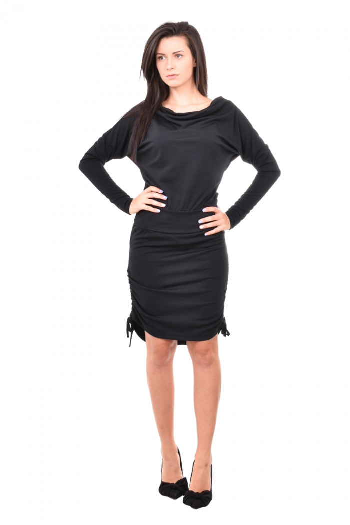 Dress in black Manola