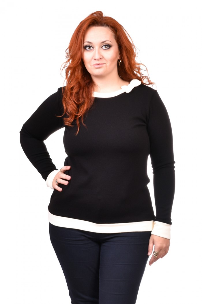 Vilma Black Blouse