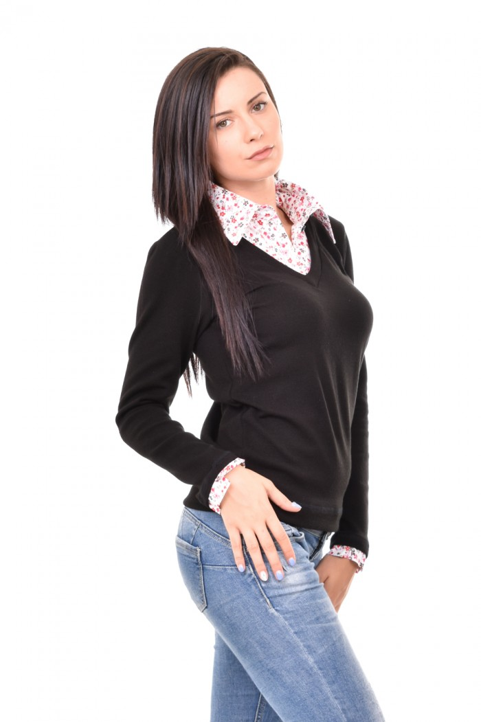 Interesting blouse Altaya
