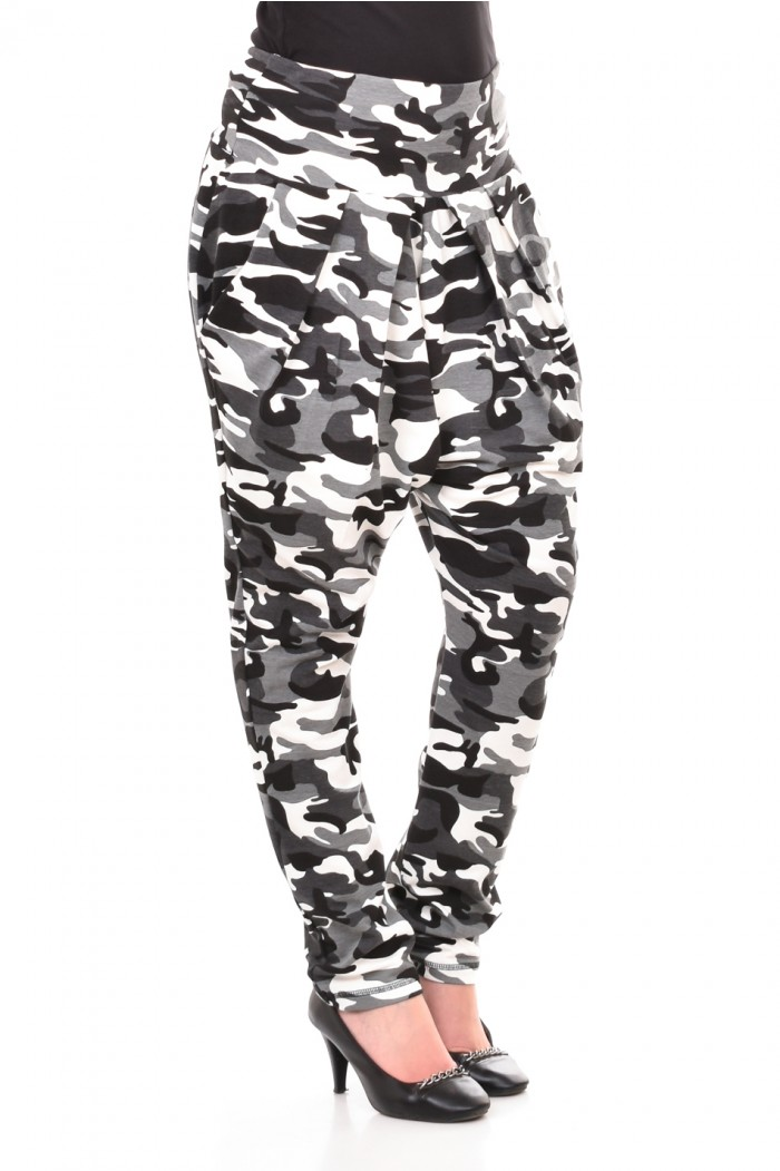 Camouflage breeches in gray Juliana