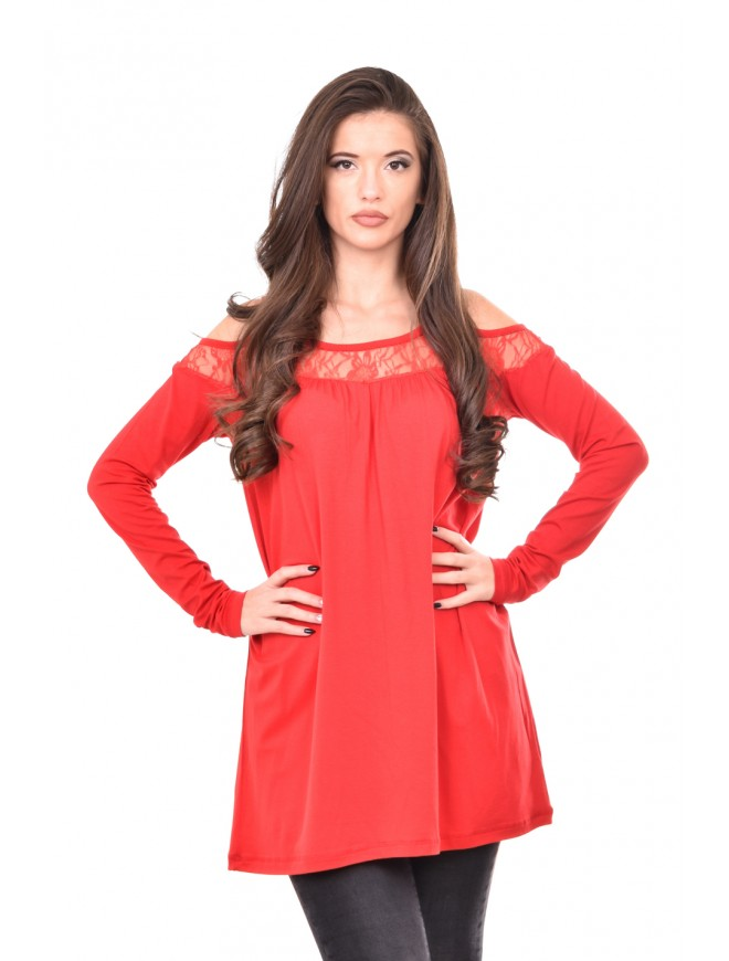 Red blouse with lace Liysena