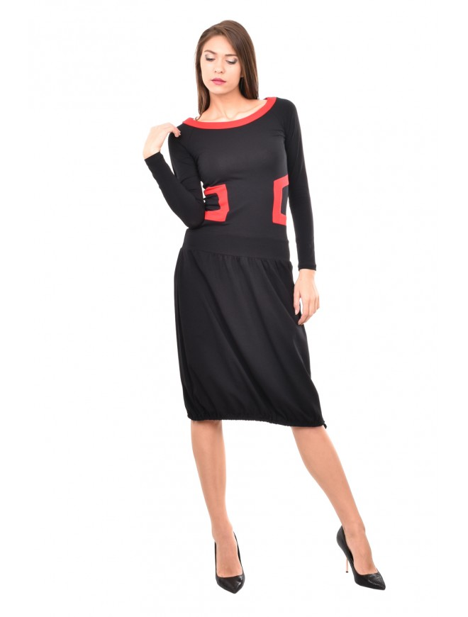 Black and red dress with long sleeves Slaveya