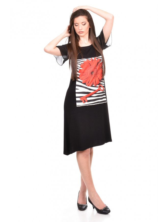 Stylish dress in black Daniya
