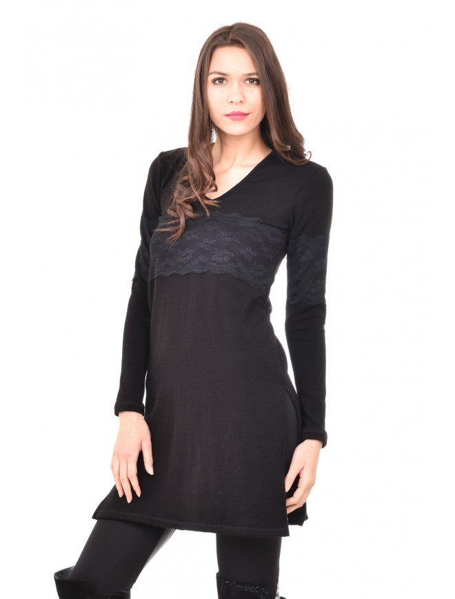Comfortable knitted tunic with lace Lena